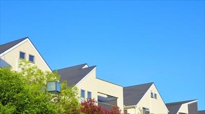 雨漏りしやすい屋根の特徴を知って対策を